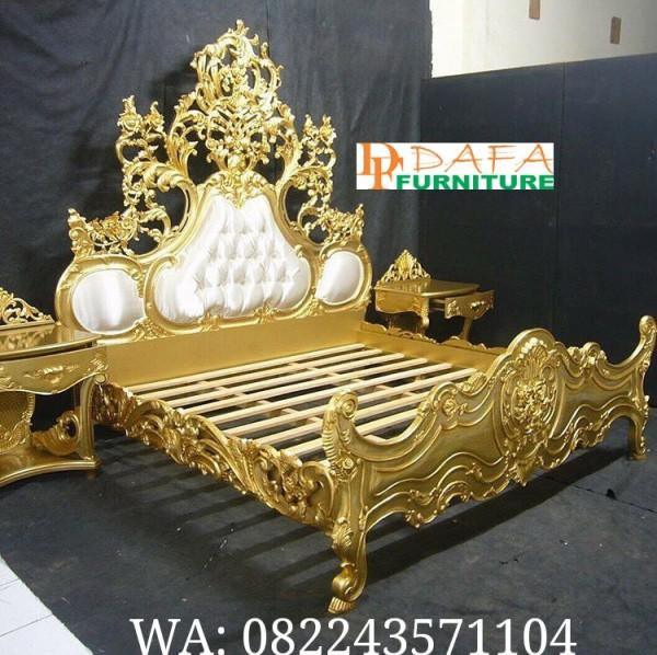 Set Tempat Tidur Ukir Gold Mewah Ukiran Jepara