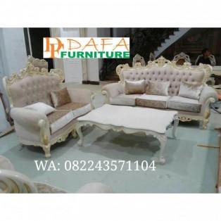 Set sofa ruang tamu mewah terbaru