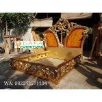 Tempat Tidur Jepara Mewah Model Ukiran Klasik Gold Terbaru