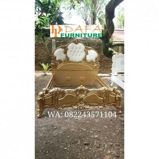Tempat Tidur Model Nusantara Full Gold