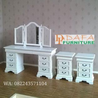 Meja Rias Putih Dan Nakas Duco Mewah Terbaru