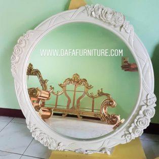 Cermin Ukiran Jepara Duco Putih Terbaru DFJ-067